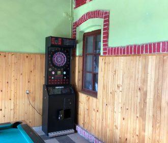Pre veľký záujem sa museli v prevádzke doplniť ďalšie zábavné automaty